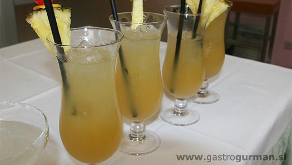 Zmagovalna recepta za koktajl iz VSŠGT Bled