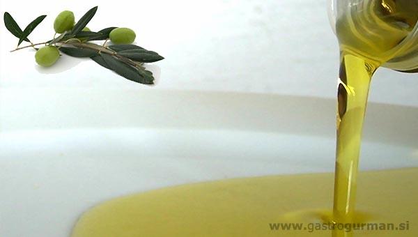 Degustacija oljčnega olja in nagrajenih vin v Brdih