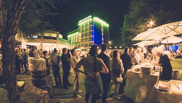 Enogastronomski večer Park Wine Party kot sproščena uvertura v letošnjo trgatev