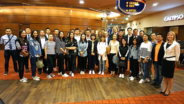Kitajski turistični agentje na delovnem obisku Slovenije