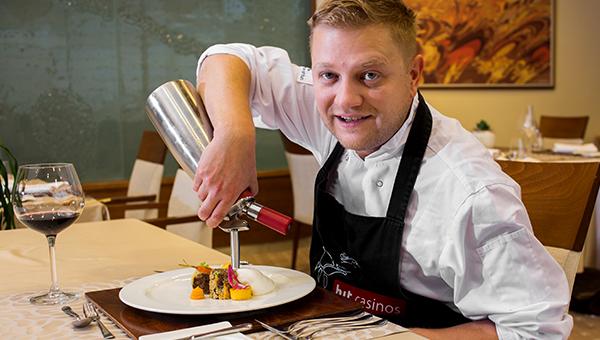 Intervju z vodjo kuhinje restavracije Calypso Daliborjem Janačkovićem