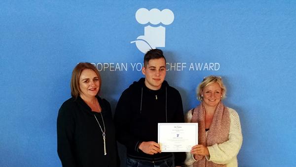 Študent Rok Žurman je zastopal Slovenijo na EYCA tekmovanju na Irskem