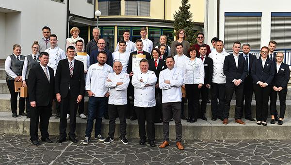 Projekt Tuševa zvezdica 2019 v iskanju najboljše ekipe mladih kulinaričnih zvezd